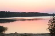 Jezioro Kuźnickie o wschodzie słońca
